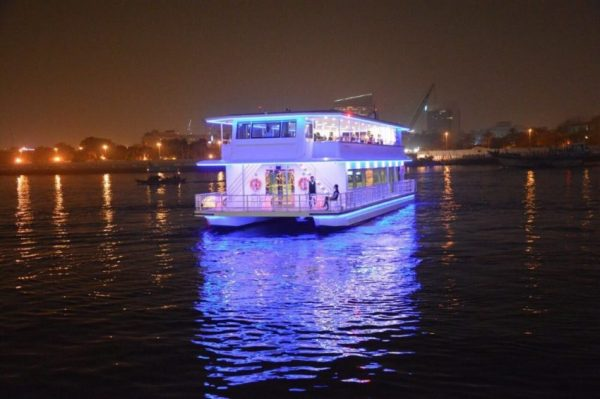 dhow cruise water canal glass boat