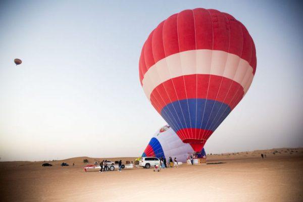 Gourmet breakfast falcon show in desert safari