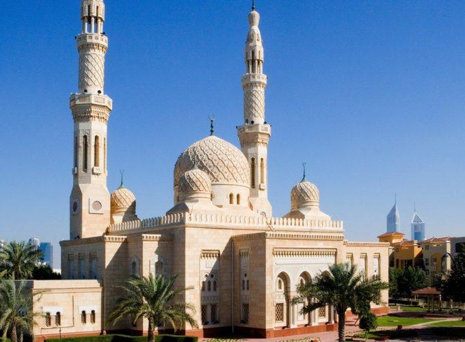 أول موقع عربي لحجز الجولات والأنشطة